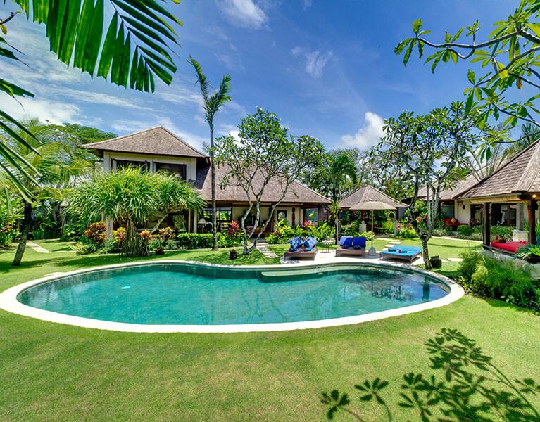Villa Kakatua Canggu 4 Bedroom Luxury Villa Bali